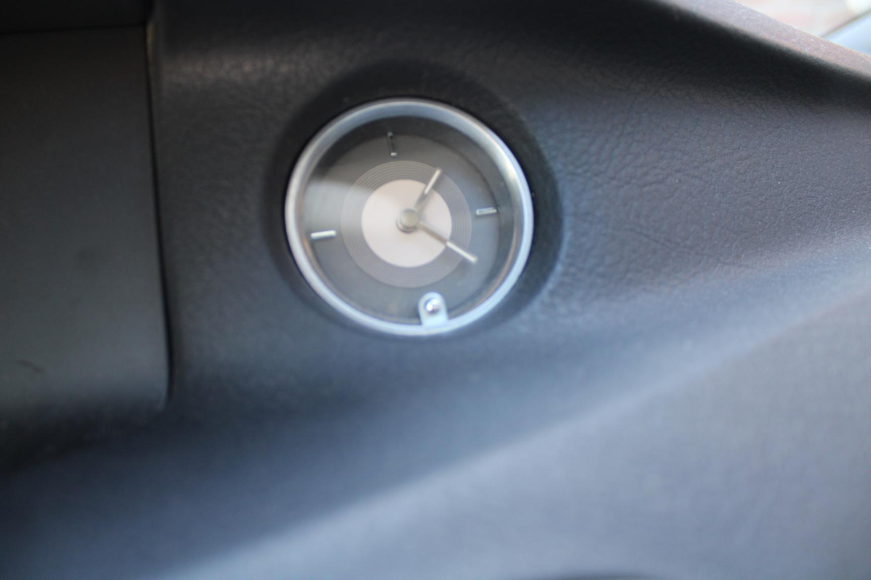 Renault-Vel Satis-16