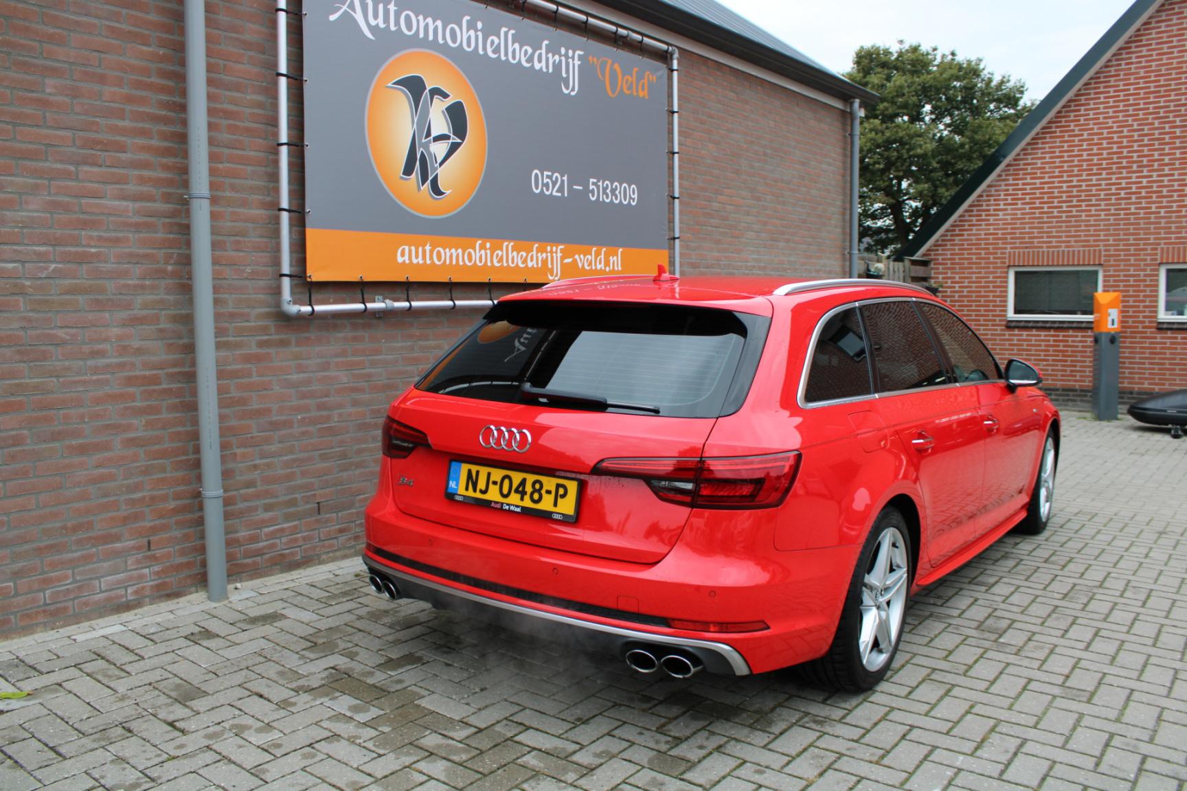 Audi-A4-22